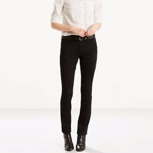 Levis Mid Rise Skinny Jeans Black